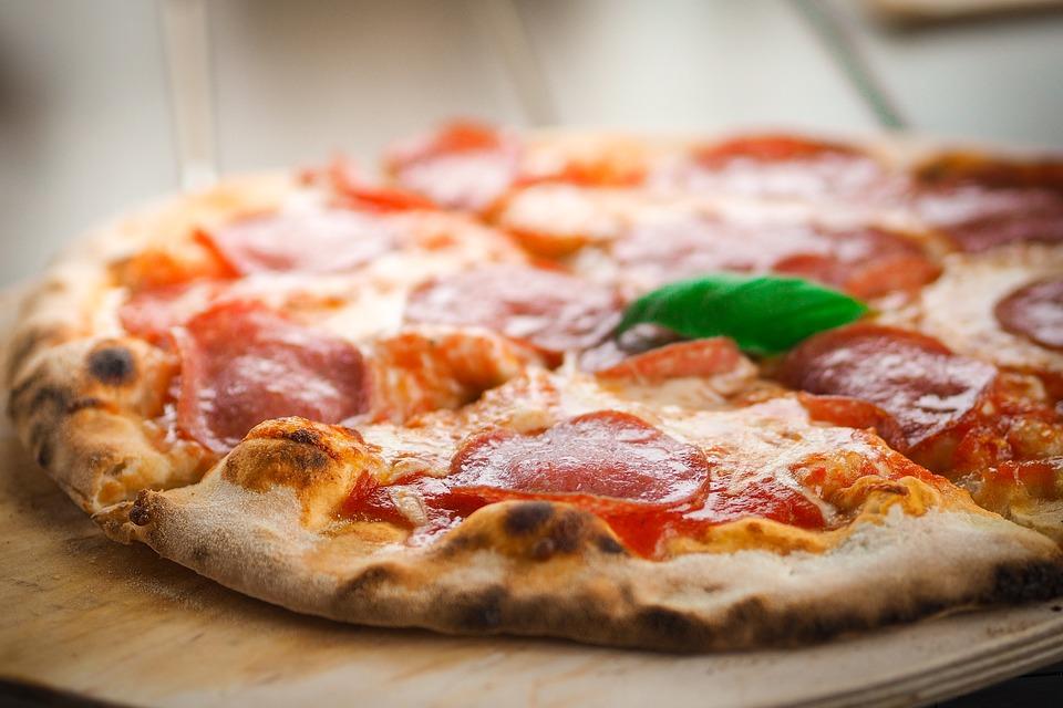 pizza z kamienia